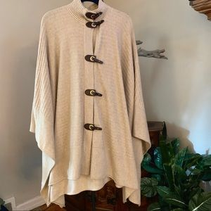 Jones NY Signature Wool Ribbed  Cape with Toggles